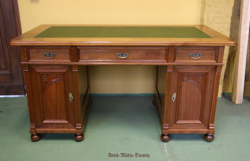 Schreibtisch Gründerzeit